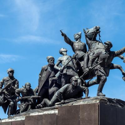 Памятник Василию Ивановичу Чапаеву