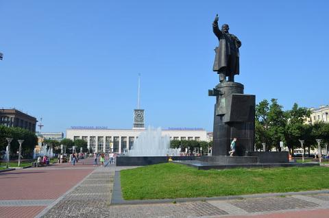 Финляндский вокзал. Площадь Ленина