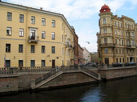 Казначейская улица, вид от канала Грибоедова