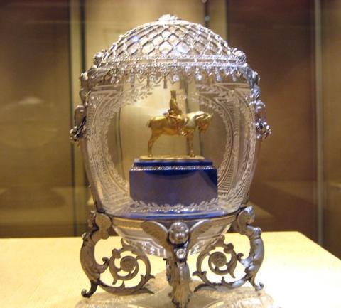 яйцо Фаберже «Конный памятник Александру III»